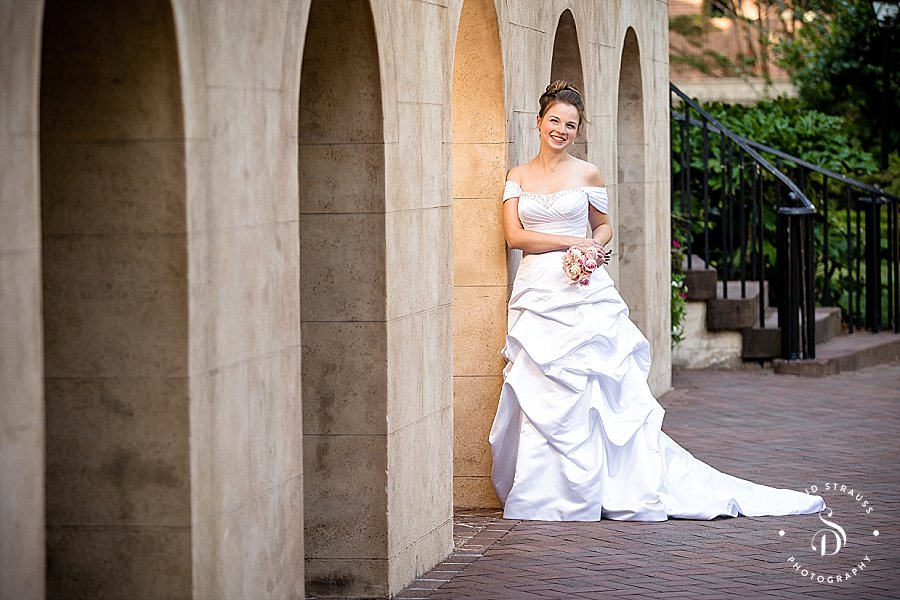 Charleston-Bridal-Portraits-Downtown-College-of-Charleston_0003