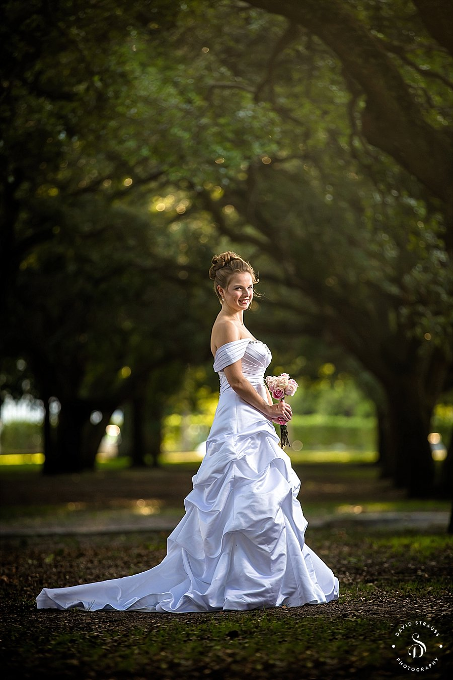 Charleston-Bridal-Portraits-Downtown-College-of-Charleston_0007