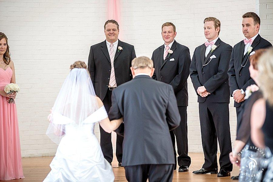 Sanctuary-Hall-And-Gardens-Wedding-Photography-Charleston-Venue_0016